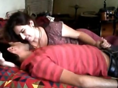 amateur desi college couple have sex at girl's home