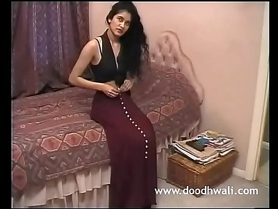 Shabana Kausar British Indian Girl Masturbation